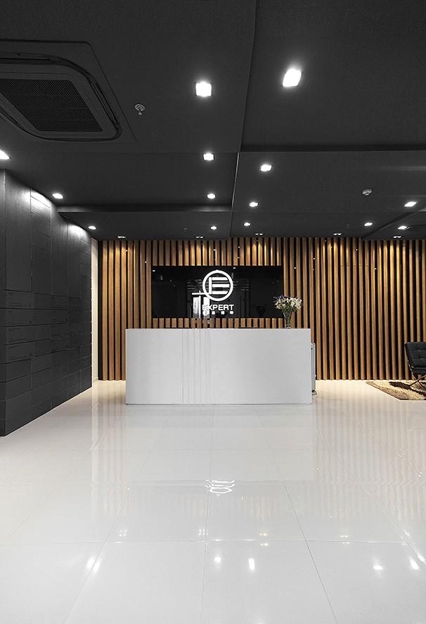 上海爱思博特前台大厅装修设计实景图