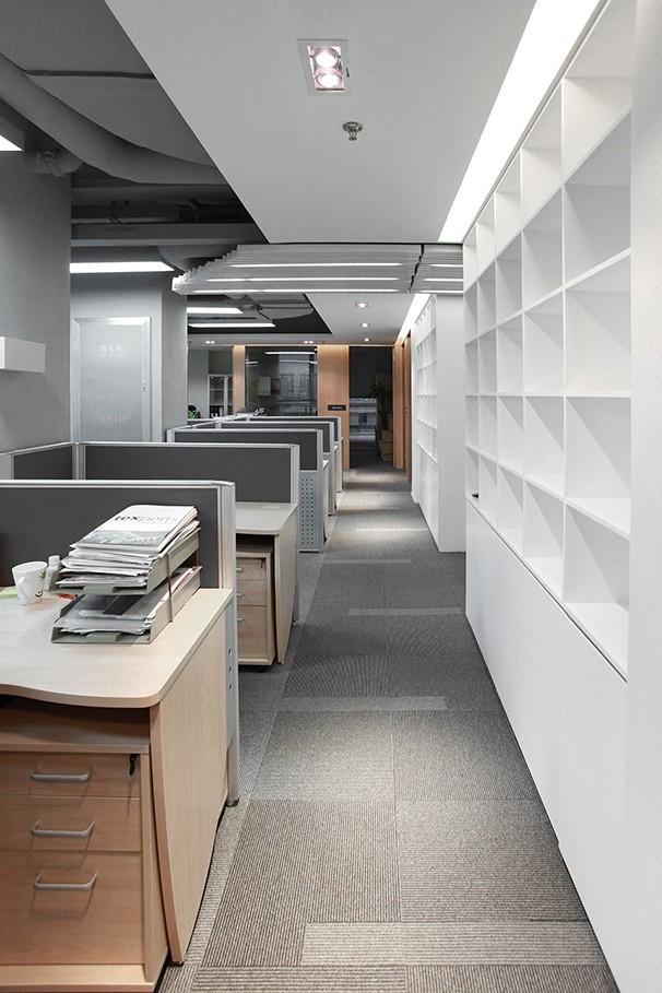 员工办公区域装修设计实景图