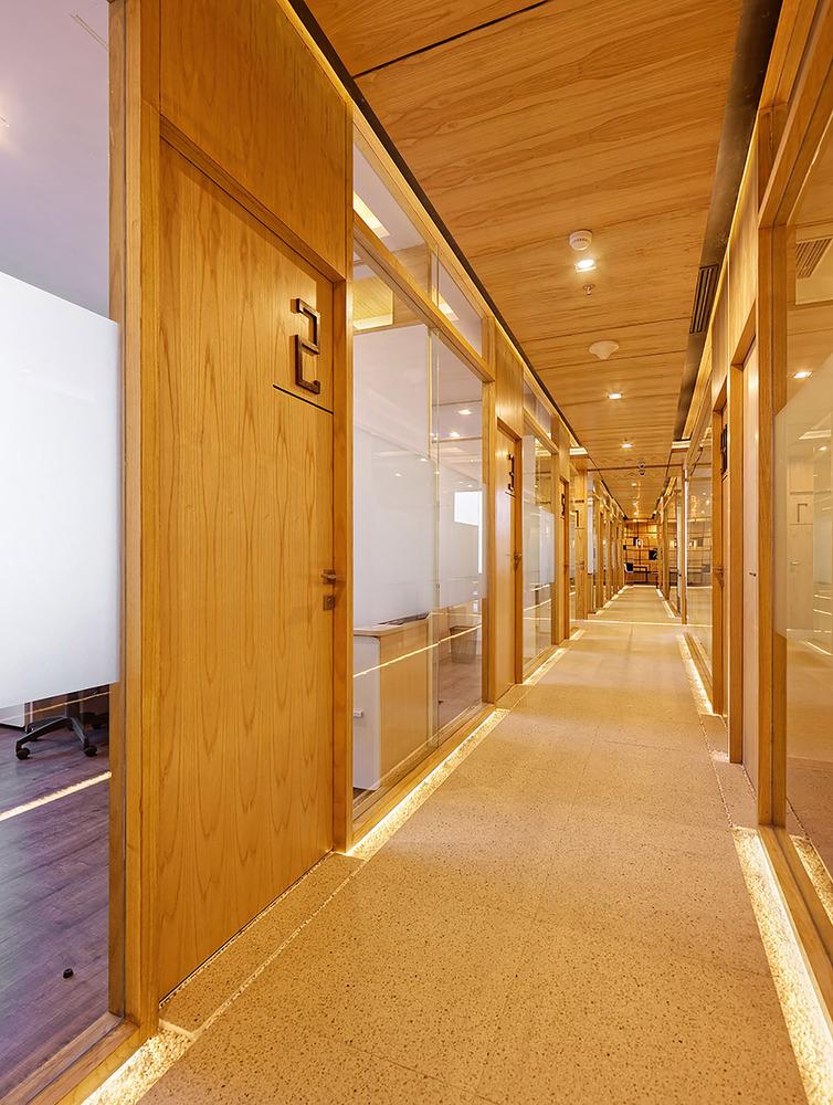 上海办公室装修的成本到底高不高?