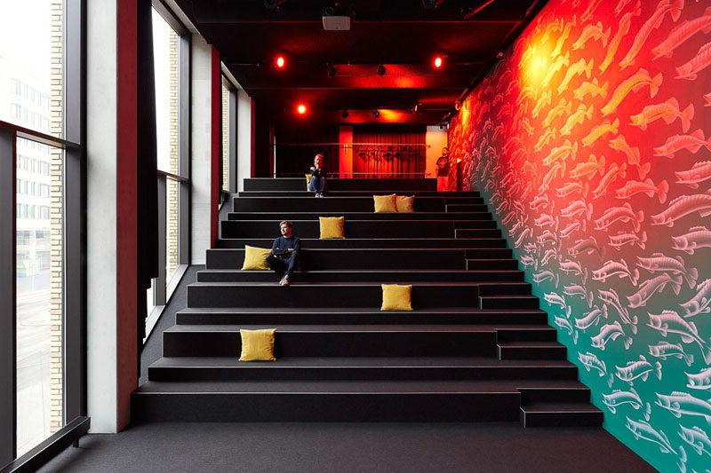上海办公室设计中玻璃选择的秘密