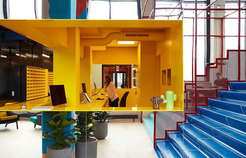 上海办公室设计内部装饰的选择