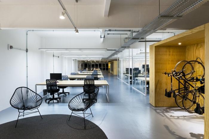 上海办公室装修怎样选择专业的装修公司?