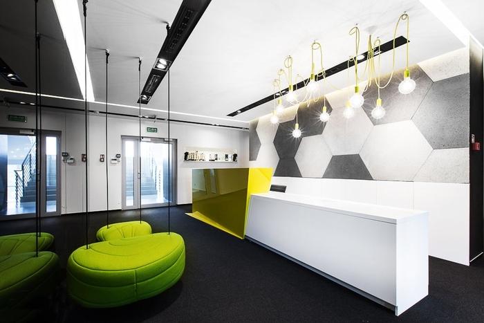 上海办公室设计要多方面综合考虑
