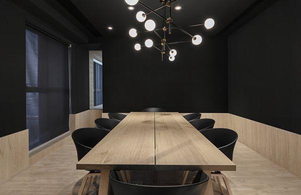 现代化办公室装修中绿色植物的重要性