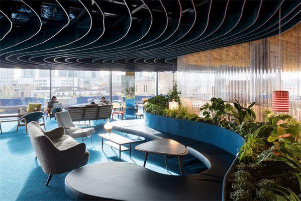 办公室装修设计打造的屋顶创意空间