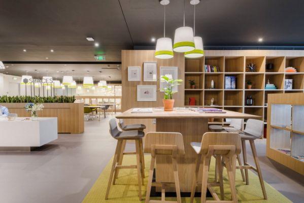 开放办公室设计与自然相融的方式-东莞办公室装修-东莞工厂装修