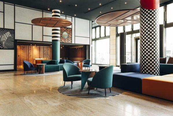 酒店办公室装修设计打造的形象艺术