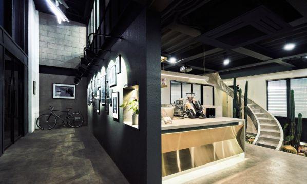 摄影室办公室装修打造的极简工业风