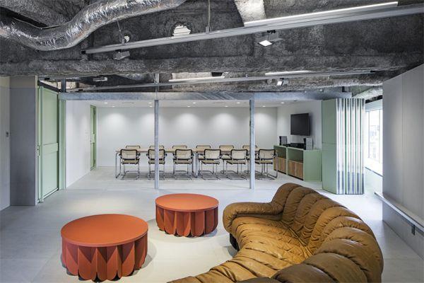 办公室装修彰显的混搭工业风格