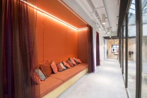 如何选择办公室装修地板