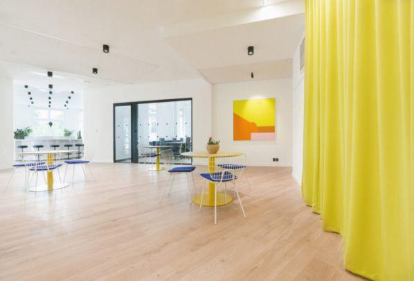 办公室装修风格特征需要体现企业文化
