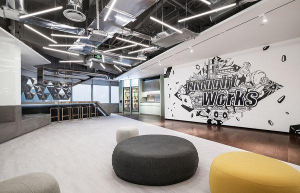 办公室装修定制的精品办公空间