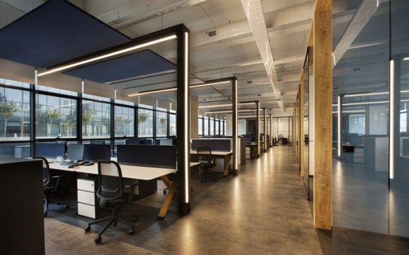 现代风格的办公室装修和设计