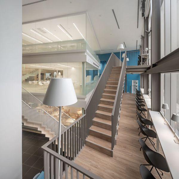 办公室装修设计打造的24小时共享办公空间