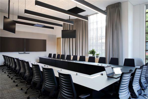 多功能办公室设计打造的双层办公室